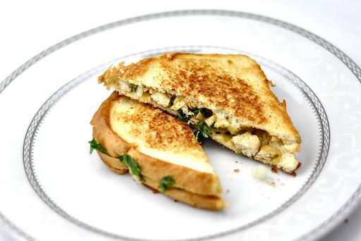 GRILLED CHICKEN SANDWICH - INDIAN STYLE - Anto's Kitchen