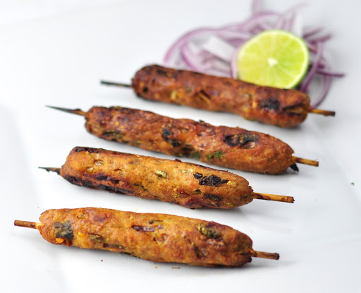 Easy Spicy Indian Chicken Seekh Kebab With Spices Anto S Kitchen